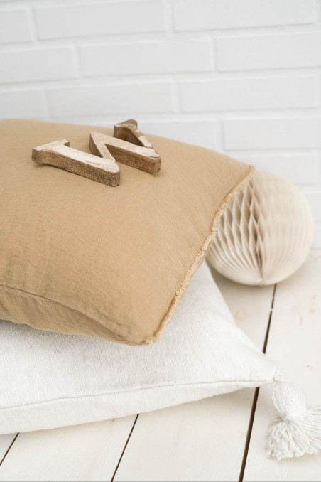 Coussin harmony textile - coussin viti camel - coussin en lin - linge de maison - linge de lit - coussin pas cher - wkhdeco