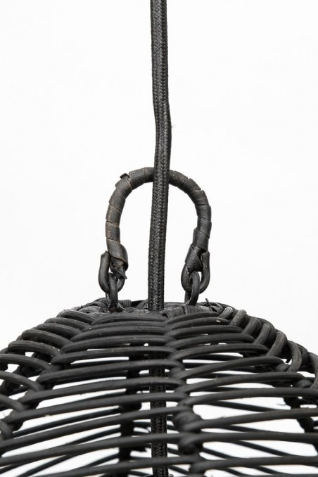 Suspension bala en rotin noir - suspension ajourée - suspension paille - deco de bali - bazar bizar - wkhdeco