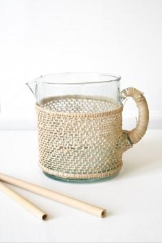 Pichet beldi raphia tressé - carafe beldi - authentique - vaisselle beldi - maroc - le verre beldi - wkhdeco