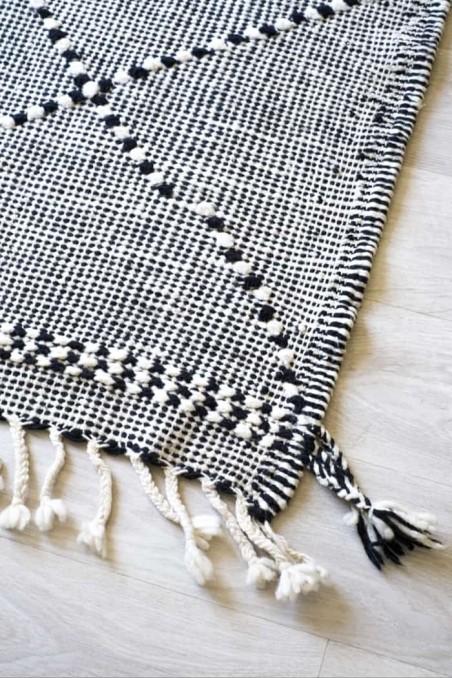 Tapis berbere - tapis marocain - tapi laine - tapis kilim zanafi - tapis noir et blanc - wkhdeco