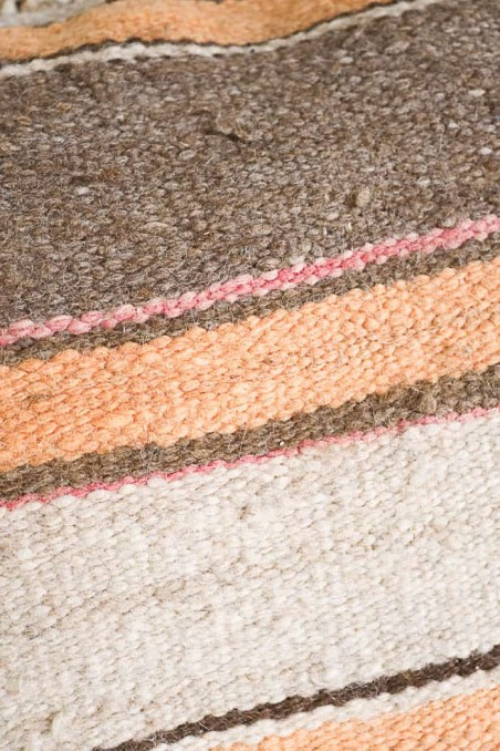 coussin kilim berbere laine rectangle beige rose orange rayures wkhdeco