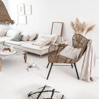 La combo parfaite : du blanc, du bois, du végétal avec des matières naturelles !  On aime l'ensemble de cette déco si douce et chaleureuse 🌾   Retrouvez dans le shop, des matières identiques et des styles similaires pour créer une ambiance douce et chaleureuse comme celle là !   Belle soirée 💫  #wkhdeco #inspirationdeco #bohemedecor #ideedecor #inspideco #laminutedeco #decomaison #instadecoration #interior123 #scandiboho #decoscandinave #scandinave #instahome #interior2you #interior4all #decosalon #decorationsalon  #pinterest source photo pinterest